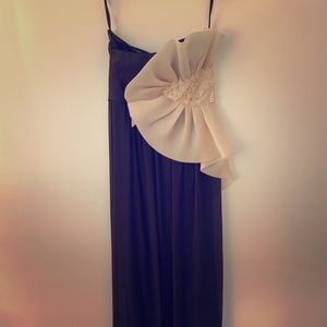 Max & Cleo evening gown